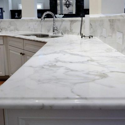Our marble work surfaces are an elegant and contemporary choice for kitchens and look stunning with a delicate pastel colour palette.